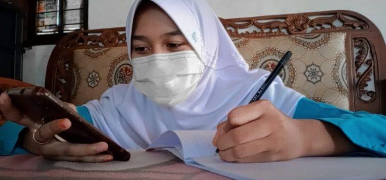 Kasus Covid 19 Terus Bertambah, MTsN 4 Ponorogo Laksanakan Ujian Tengah Semester Via Daring